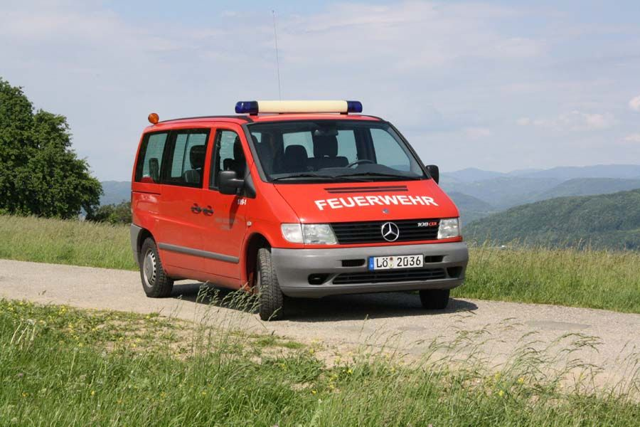 Mann­schafts­transport­wagen Lörrach 1